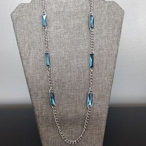 Jewelry - Silver necklace with blue accent pieces